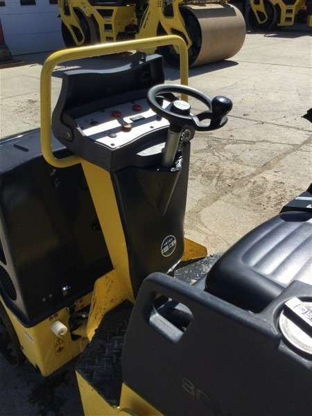 Detail photo of 2015 Bomag BW900-50 from Construction Equipment Guide