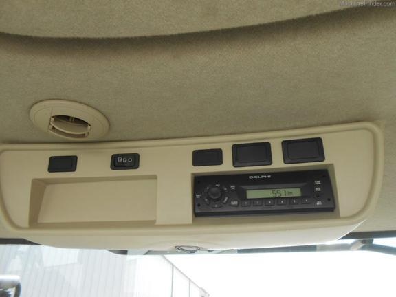 2011 John Deere 7230R
