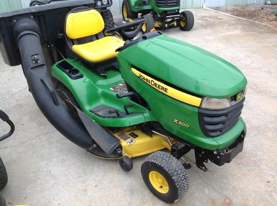 John Deere X300 Lawn Tractor : John deere lawn garden tractors trigreen equipment