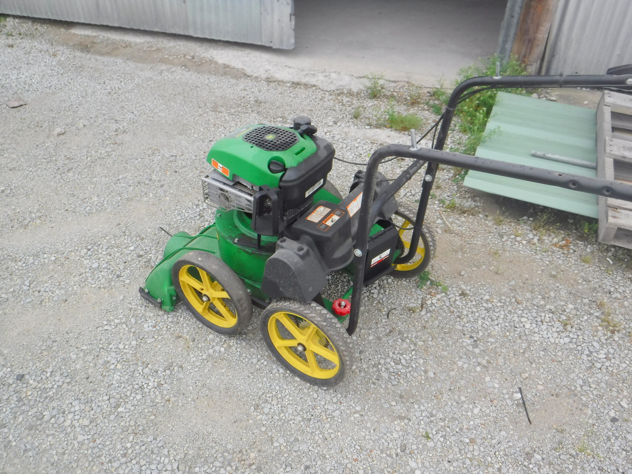 John deere v627sp attachments for lawn garden tractors for Lawn and garden implements