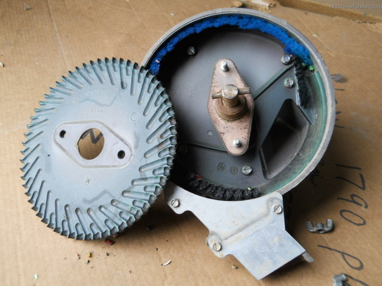 2009 Kinze rotary bean brush units