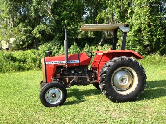 Massey Ferguson 231 Tractor : Massey ferguson