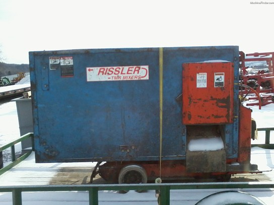 2005 Other RISSLER 450 FEED CART