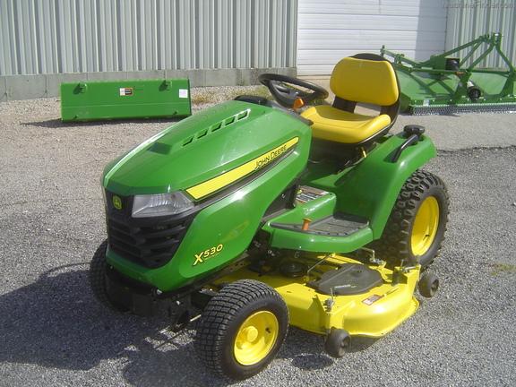 John Deere X530