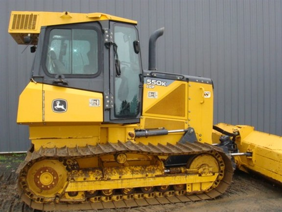 Detail photo of 2013 John Deere 550K from Construction Equipment Guide