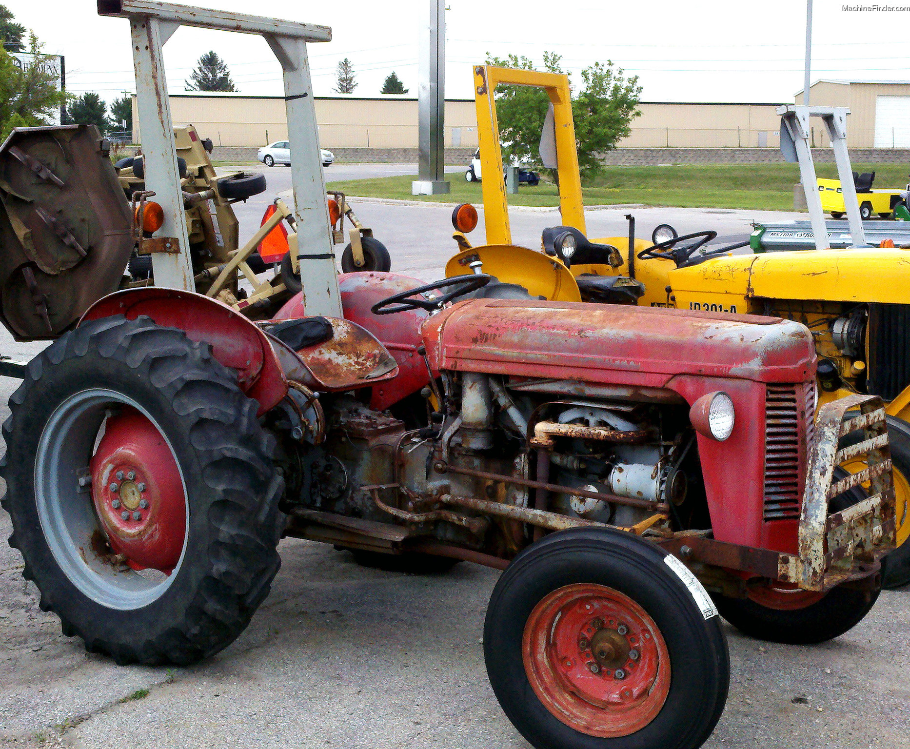 Massive Ferguson 35 Tractor : Used farm agricultural equipment john deere machinefinder