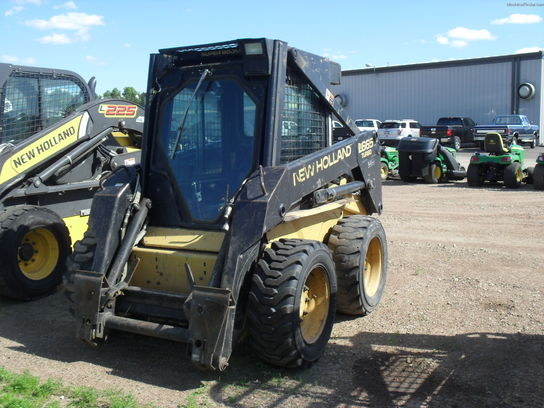 1999 New Holland LX665
