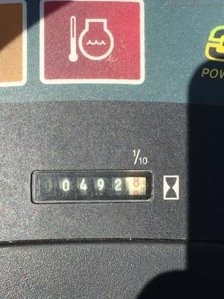 104487