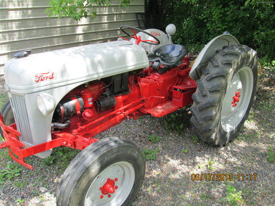 Ford Tractor Serial Numbers : Serial number location on n ford tractor get