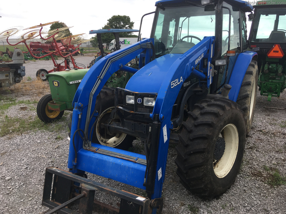 2000 New Holland TL100