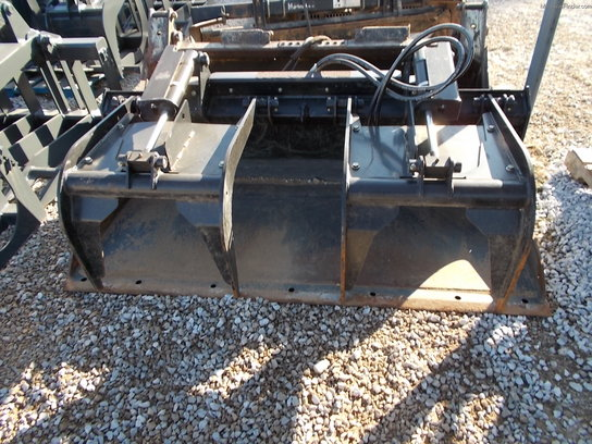 2008 John Deere GS72 SCRAP GRAPPLE
