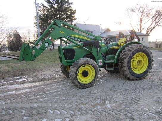 2008 John Deere 5525 Tractors - Utility (40-100hp)