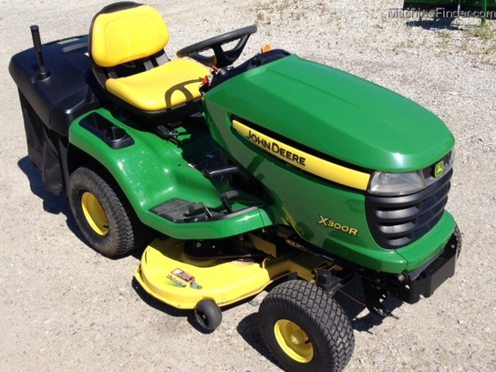 2011 john deere x300r lawn garden and commercial mowing. Black Bedroom Furniture Sets. Home Design Ideas
