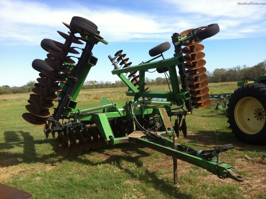 John Deere 650 DISK HARROW