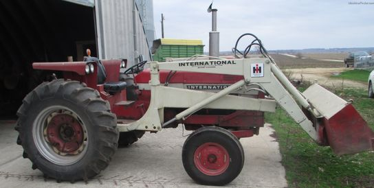 International Harvester 656
