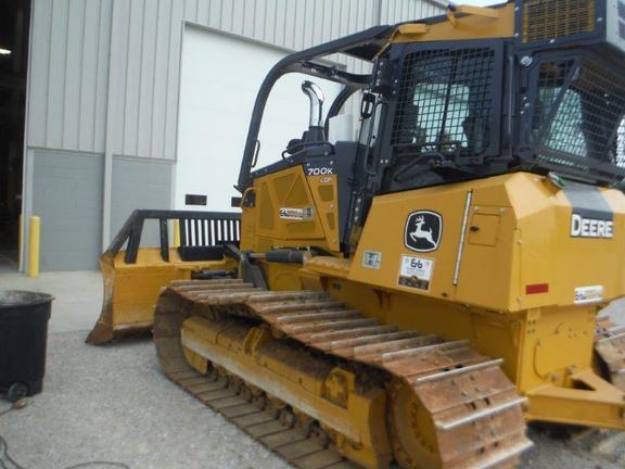 Detail photo of 2015 John Deere 700K from Construction Equipment Guide