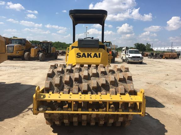 Detail photo of 2015 Sakai SV412T from Construction Equipment Guide
