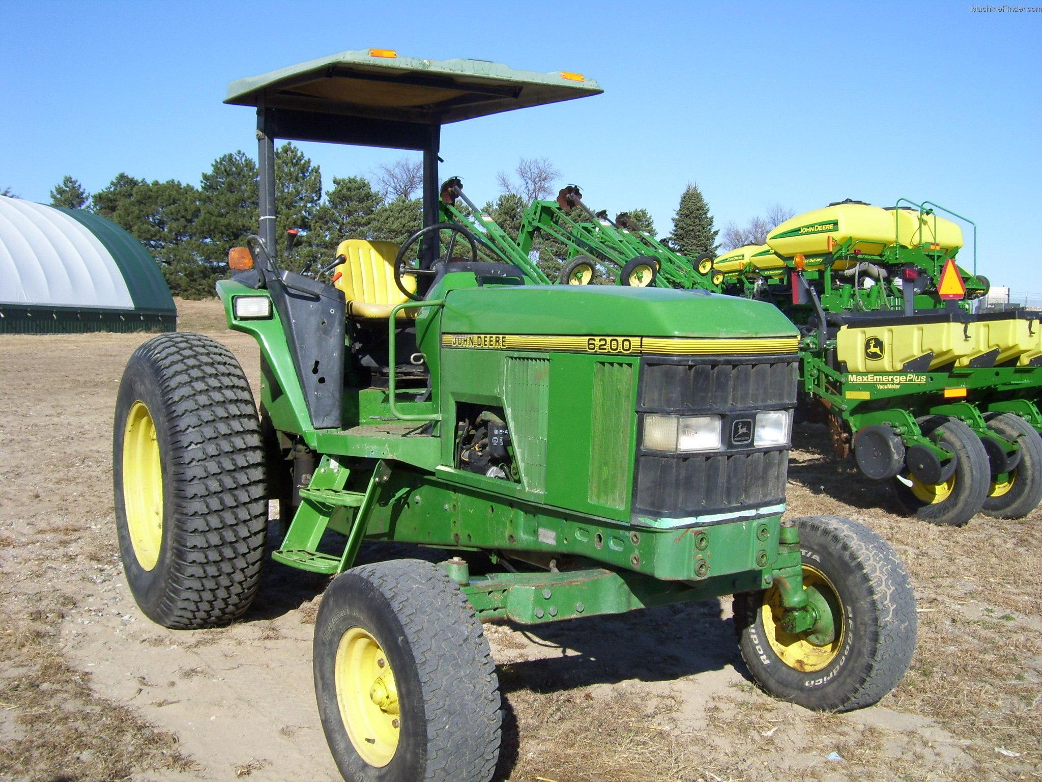 1993 John Deere 6200 Tractors - Utility  40-100hp