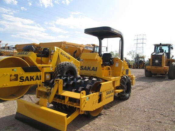 Detail photo of 2014 Sakai SV201TB from Construction Equipment Guide