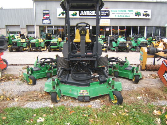 John Deere 1600 Lawn Amp Garden And Commercial Mowing John