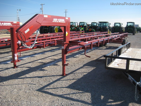 2014 Other RED RHINO 40 FT GN 8 BALE HAY TRAILER