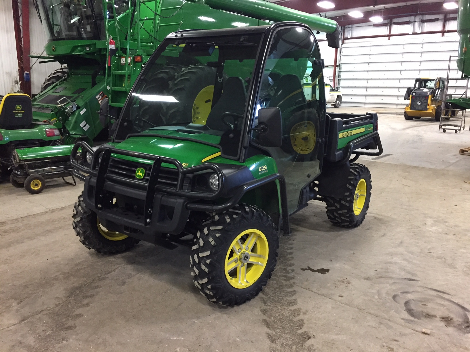 john deere xuv 825i power steering atvs gators for sale 59918. Black Bedroom Furniture Sets. Home Design Ideas