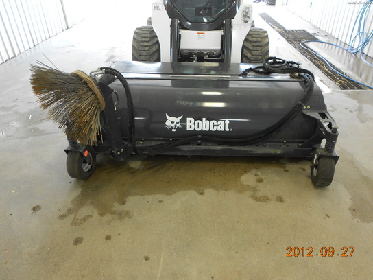 2011 Bobcat Sweeper - 84""