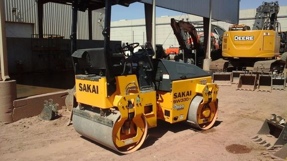 Detail photo of 2014 Sakai SW330 from Construction Equipment Guide