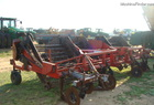 United Farm Tool 6 ROW DIGGER INVERTER
