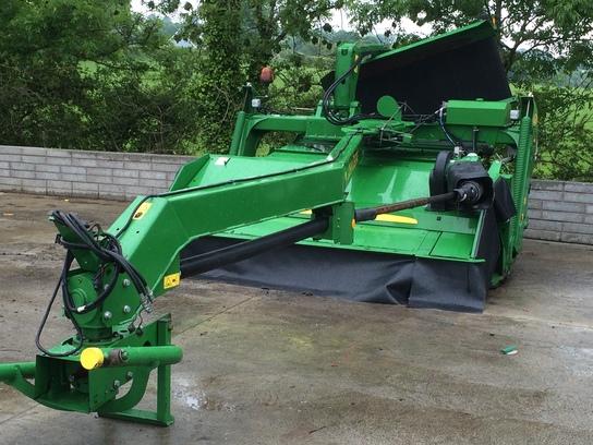 John Deere 530 / Used Equipment / Used equipment / Used
