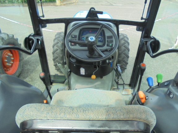 New Holland TN 75 FA