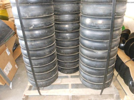 2012 John Deere GAUGE WHEELS