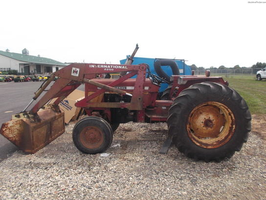 Parts For Ih 574 : International harvester wd tractor loaders