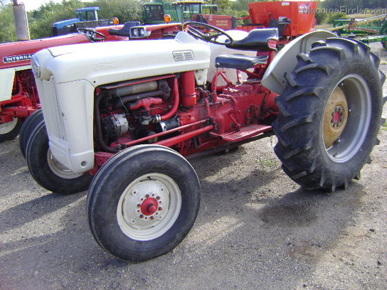 Ford 800 Tractor : Ford tractors utility hp john deere