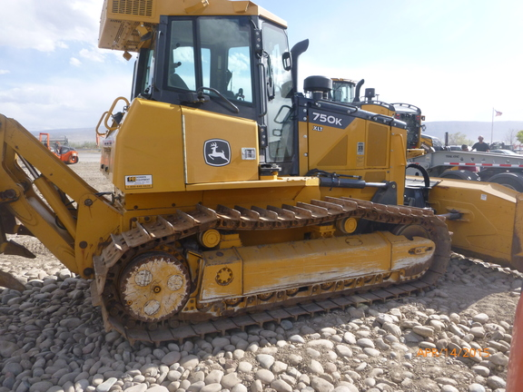 Detail photo of 2013 John Deere 750K from Construction Equipment Guide