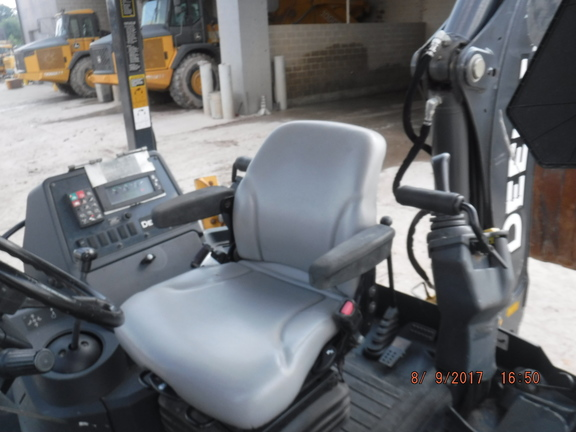 Detail photo of 2015 John Deere 310SK from Construction Equipment Guide