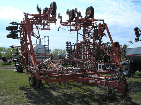 2000 Bourgault 6220 Coulter Banders
