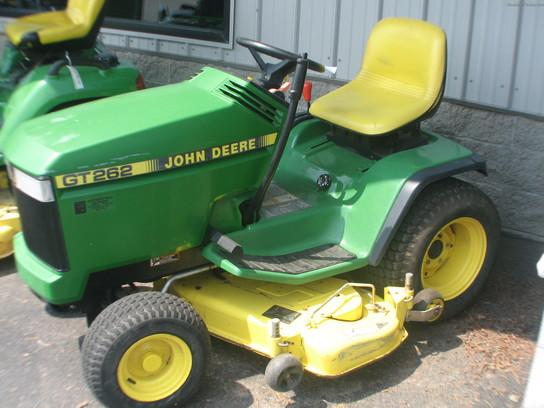 John Deere Gt262 : John deere gt