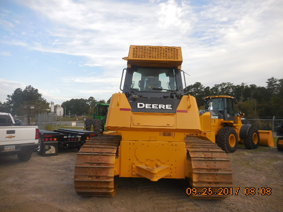 Detail photo of 2012 John Deere 850K from Construction Equipment Guide