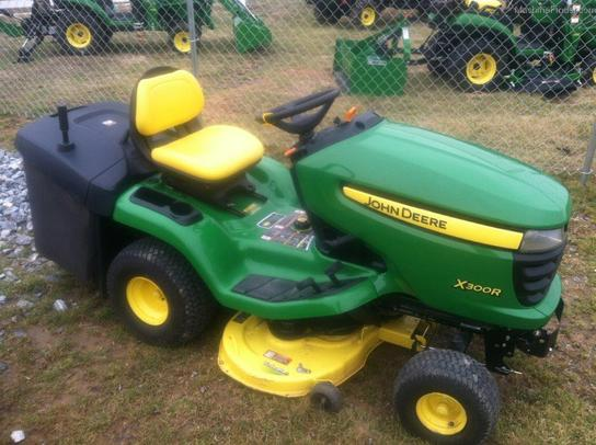 2008 john deere x300r lawn garden and commercial mowing. Black Bedroom Furniture Sets. Home Design Ideas