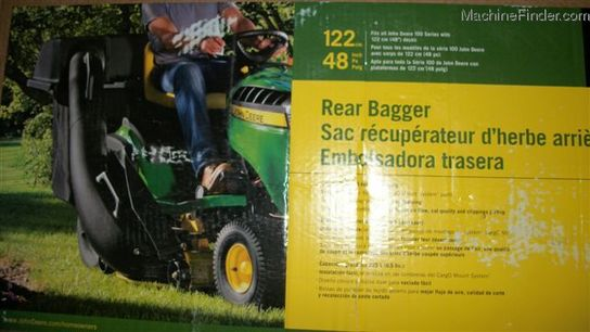 John Deere SKU21376 100 SERIES BAGGER WITH POWERFLOW FOR 54 IN