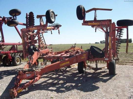 Sunflower 3670-35 SWEEP PLOW