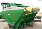 2009 NEW LEADER L3030 G4 Dry Fertilizer Applicator