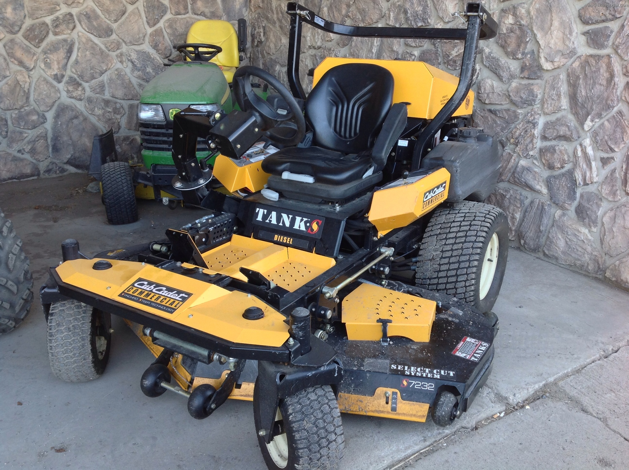 Cub Cadet Lawn Mowers Dealers : Cub cadet d lawn garden and commercial mowing