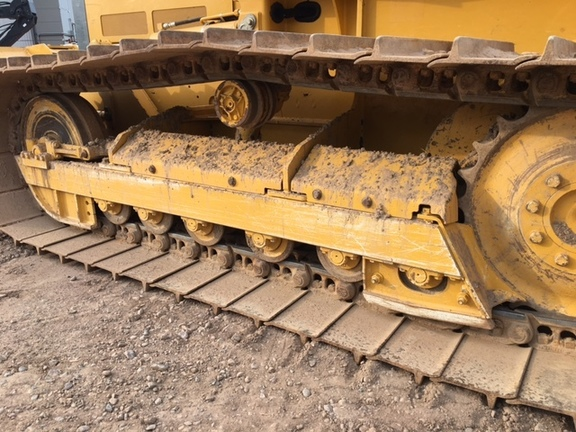 Detail photo of 2015 John Deere 450J from Construction Equipment Guide