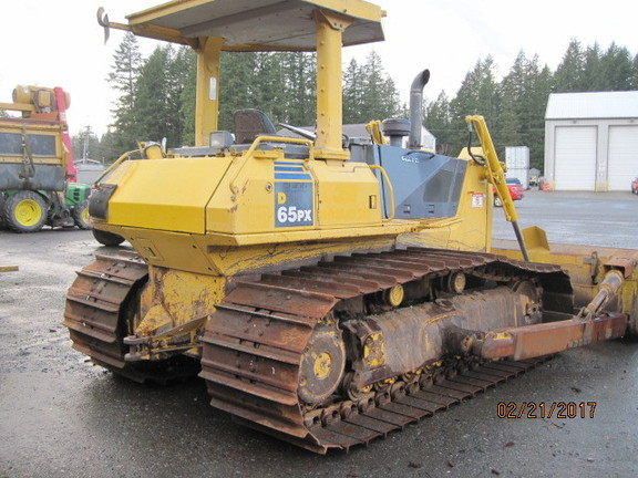 Detail photo of 2004 Komatsu D65PX15 from Construction Equipment Guide