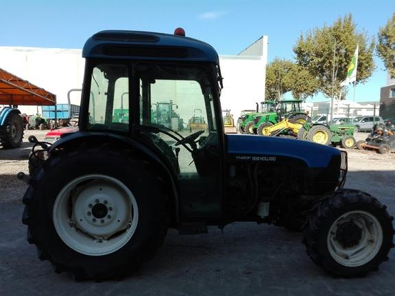 New Holland TN80F