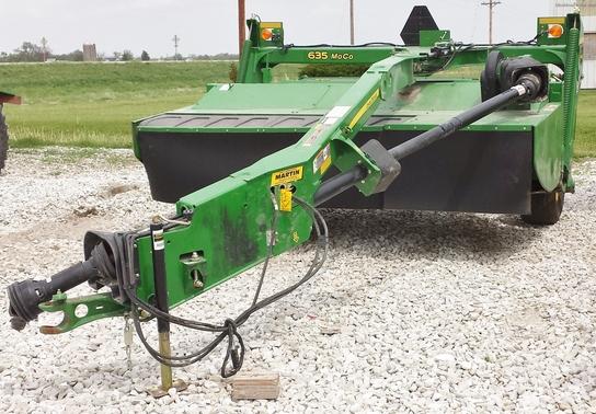 2011 john deere 635 hay equipment
