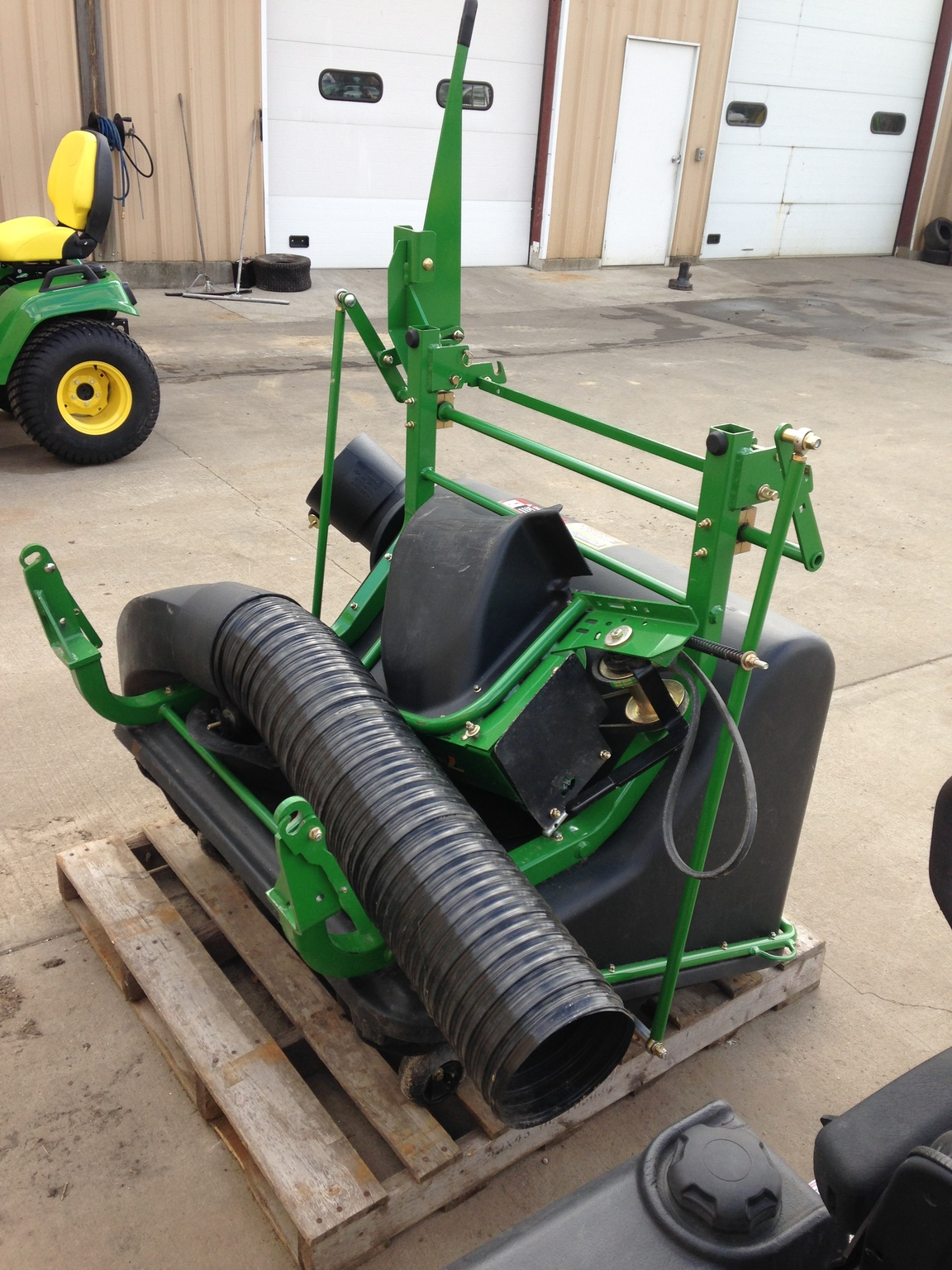 John Deere 13 Bu Mcs Dfs Commercial Mowing Attachments For