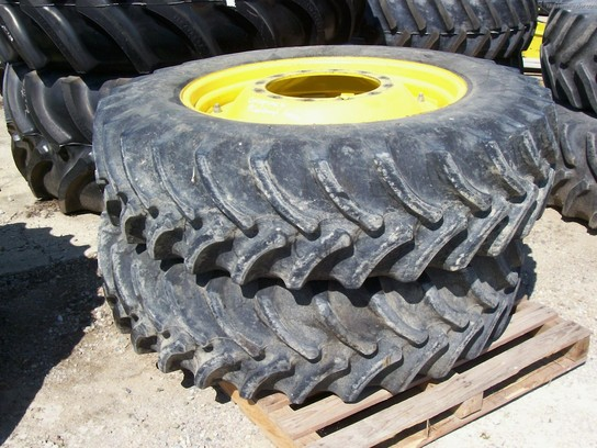 Unverferth Wheel Spacers : John deere r front duals wheels tires and